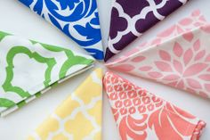 Easter Brights! | Napkins by Hen House Linens #eastertable #tablelinens