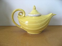 Vintage Hall teapot. Yellow Aladdin shape teapot with lid and strainer. 3 piece set. Vintage genie bottle Mid Century collectible china by PickleladyVintage on Etsy
