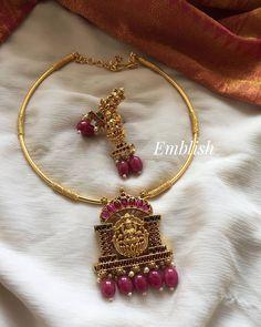 Beaded Jewelry Designs, Gold Jewellery Design, Necklace Designs, Gold Jewelry, Bridal Necklace, Necklace Set, Bridal Jewelry, Gold Necklace, Jewelry Model