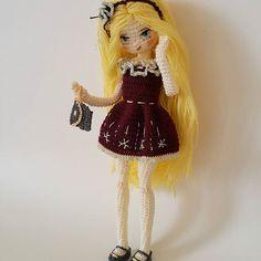 #amigurumi #weamiguru #crochet #crochetdoll #10marifet #gurumigram #amigurumiaddict #craft #amigurumis #puppe #handarbeit #festejarcomamor #knittingwithlove #örgüoyuncak #hanimelindenamigurumi #häkeln #haken #forkids #amigurumitoy #crochetart #sctreblemaker #bukebebek