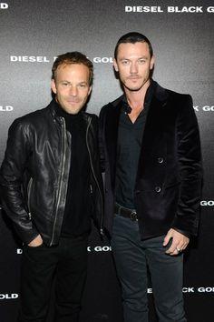 Milan Fashion Week Menswear - Diesel Black Gold, 17 Jan - Фотоальбомы - Luke Evans (Люк Эванс)
