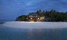 Intrepidholidays - Vomo Island Resort