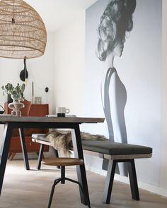 Keukenbankjes in 8 verschillende stijlen. Bekijk ze hier! Decor, Furniture, House Design, Interior, Dining Table, Table, Home Decor, Dining Chairs, Interior Design