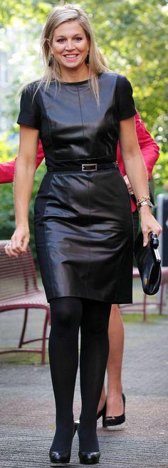 Vestido en cuero, marga corta. #Dress #Lether