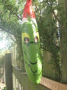 Grinchish Christmas Gourd by Greengourd on Etsy, $15.00