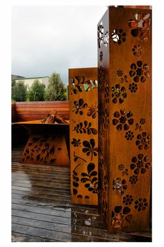 corten steel columns PO Box Designs Image via: http://pinterest.com/source/poboxdesigns.com.au