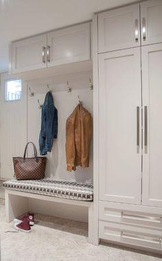 Small Space Interior Design, Home Room Design, House Design, Home Entrance Decor, House Entrance, Restroom Decoration, Ikea Mud Room, Boot Room Utility, Entry Closet