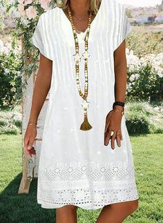 Solid Lace V-Neckline Knee-Length A-line, Dress - White / XXL Source by floryday dress white Floryday Dresses, Women's Fashion Dresses, Casual Dresses, Summer Dresses, Dresses Online, Knee Length Dresses, Short Sleeve Dresses, Short Sleeves, Vestido Casual