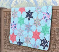 Counting Stars Bed Quilt Tutorial | FaveQuilts.com