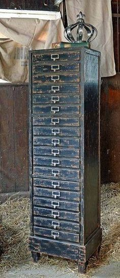 Old Time Shabby Chic Home Decor and Vintage Furniture Industrial Chic, Industrial Furniture, Antique Furniture, Painted Furniture, Vintage Industrial, Tiny Furniture, Industrial Storage, Handmade Furniture, Kitchen Furniture