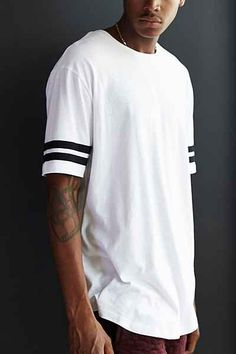 a0fafb79438 The Narrows Athletic Curved-Hem Long Tee Men s Casual Wardrobe