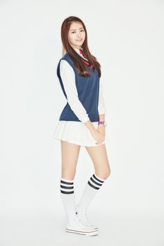 I.O.I Member Nayoung Impresses with Amazing Body Proportion and Individual Style South Korean Girls, Korean Girl Groups, Pristin Kpop, Cute Skirts, Mini Skirts, Ioi Nayoung, Kim Sejeong, V Instagram, Body Proportions