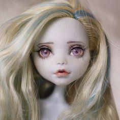 #몬스터하이 #몬하돌 #몬스터하이돌 #리페인팅 #돌스타그램 #doll #repaint #repainting #monsterhigh #dollrepainting #dollstagram #faceup #lagoona #lagoonablue