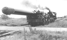 """18"""" railway howitzer, completed too late for WWI - British"""