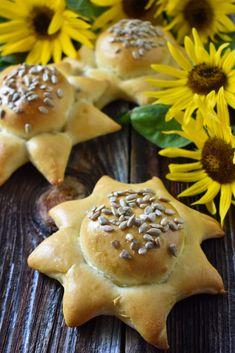 Slunečnice – PEKÁRNOMÁNIE Bread, Cookies, Desserts, Food, Crack Crackers, Tailgate Desserts, Recipes, Deserts, Brot