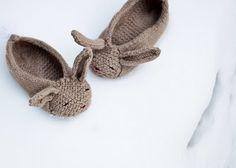 DIY KNITTED BUNNY SLIPPERS <3