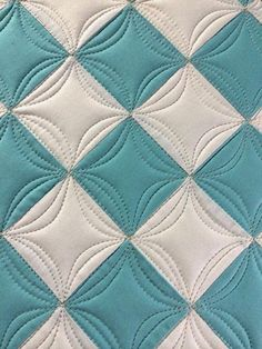 I love how the quilt lines give the appearance of circles even though the blocks are all squares