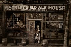 """1854 """"McSorley's Old Ale House ~ New York City ~ Est. 1854 in """"Five Points neighborhood"""" of lower Eastside of Manhattan, now known as the East Village. Oldest Bar In Nyc, Old Pictures, Old Photos, Old Ale, Amsterdam, Gangs Of New York, Nostalgia, Ny Ny, Vintage New York"""