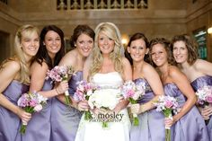 love the bridesmaids bouquets, only in our colors and a bit fuller