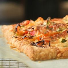 Peppers and Cheese Pie, pair with a salad and dinner is ready!