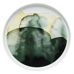 This small Sääpäiväkirja plate is designed by Aino-Maija Metsola for Marimekko. Sääpäiväkirja means weather diary in Finnish, which is shown on the design is inspired by glowing golden grasses, misty archipelago mornings and other weather phenomenon. Use the small plate for starters or desserts and match it with other fine pieces from the Sääpäiväkirja collection to create an interesting and stylish table setting.