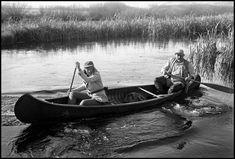 USA. Sun Valley, Idaho. October, 1941. Martha GELLHORN and Ernest HEMINGWAY in a canoe.