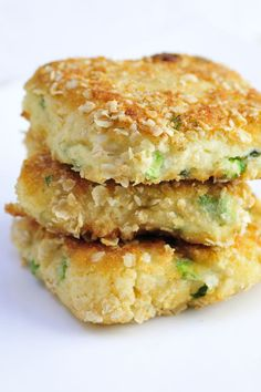 Asparagus is the ingredient of the April! Cauliflower Asparagus Semolina Cakes