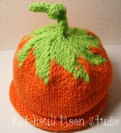 elf hat knitting pattern   hat+I+knit+for+Jeanne+Hurt%27s+grandson+to+be+Aug+2010+Hat+is+an
