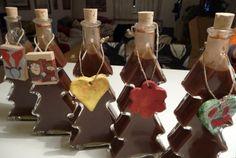 Recept Čokoládový likér Sangria, Mojito, Gingerbread Cookies, Whiskey, Christmas Ornaments, Drinks, Holiday Decor, Desserts, Food