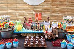 festa viking Dragon Birthday Parties, First Birthday Themes, Dragon Party, Baby Birthday, First Birthdays, Birthday Ideas, Happy Birthday Adam, Viking Birthday, Viking Baby