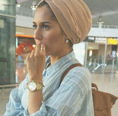 Istanbul VLOG is uploading on my channel! Keep an eye out for it! photography by Muslim Fashion, Modest Fashion, Hijab Fashion, Love Fashion, Fashion Beauty, Hijab Turban Style, Turban Outfit, Dina Tokio Outfits, Hijab Style Tutorial