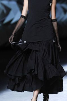 Y-3 SPRING 2013 READY-TO-WEAR DETAIL (This collaboration between avant-garde designer Yohji Yamamoto and Adidas has proven to be a success for Y3)