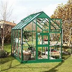 The Eden Acorn is the ideal greenhouse for those buying a greenhouse for the first time or with limited space in their garden. A strong little greenhouse with bracing in the side for additional strength.