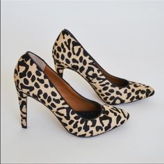 Dolce vita Oakley heel leopard print pump size 7.5 Work to play the Oaklee has it all. This DV by Dolce Vita pump features a blush suede upper with flawless pointed toe and 4 inch heel.  Shoe Details:  Leather Upper Man Made Sole Made In China This Shoe Fits True To Size. DV by Dolce Vita Shoes Heels