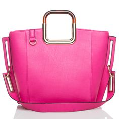 There's a whole lot of rediculousness going on with this handbag.  OMG does not eveng begin to explain it. I AM IN LOVE!!!!!