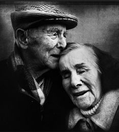 Portrait of a Photographer: Lee Jeffries Black And White Couples, Black And White Face, Black And White Portraits, Black And White Pictures, Black And White Photography, Lee Jeffries, Face Photography, Couple Photography, Photography Portraits
