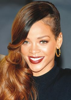 Shaved side – Rihanna What will it take to get this look? A stylist who knows what he or she is doing and, of course, a whole lot of courage! Then, Rihanna's badass cut – feminine on one side and punk rock on the other – will be yours.