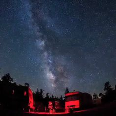 Last minute Milky Way madness last night at Mount Pinos, Frazier Park, CA. night Milky Way timelapse at California Cosmos, Milky Way Planets, Frazier Park, Digital Foto, Images Gif, Sky Aesthetic, Purple Aesthetic, Nature Gif, Space And Astronomy