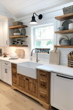 Country Vs Farmhouse Style Kitchen Whether you like clear modern or cozy country, rough-hewn rustic or a highly-personalized eclectic kitchen style, spruce up your home with fresh and inspirational kitchen design ideas. Farmhouse Style Kitchen, Home Decor Kitchen, Rustic Kitchen, Country Kitchen, Kitchen Interior, New Kitchen, Home Kitchens, Kitchen Ideas, Farmhouse Homes