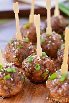 Party Finger Foods Check out our favorite party finger foods! These perfectly proportioned appetizers take the guess work out for guests and hosts combined. The snacks are easy to grab and super tasty!Tasty Tasty may refer to: Salsa Teriyaki, Teriyaki Meatballs, Party Meatballs, Jelly Meatballs, Teriyaki Sauce, Christmas Party Food, Christmas Appetizers, Christmas Recipes, Christmas Finger Foods