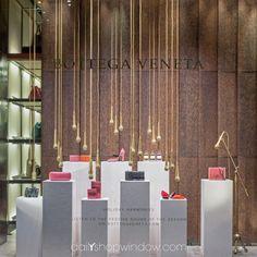 Bottega Veneta, December 2016, Milan by @dailyshopwindow #visualmerchandising #visualmerchandisingtrends #windowdisplay