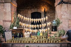 La vermutería - Catering l'Empordà - #empresa #evento #MarcaCondal #catering #Barcelona #Cateringlemporda #vermut #vermú Finger Foods, Buffet, Barcelona, Painting, Gastronomia, Mesas, Party, Meal, Recipes
