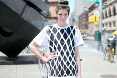 15-minute Cut-out Top | Community Post: 29 Ways To Makeover A Boxy Men's T-Shirt
