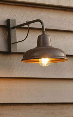 Retro / Buitenverlichting For more information: info@verlichting.be ...
