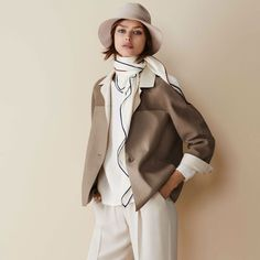 Discover the excellences and purchase Loro Piana products Daily Fashion, Love Fashion, Autumn Fashion, Fashion Design, Stylish Outfits, Cool Outfits, Fashion Outfits, Casual Street Style, Street Style Looks