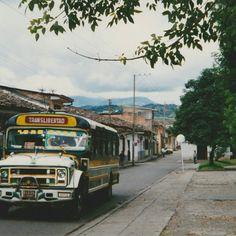 Bus chevrolet care sapo afiliado a translibertad ltda. Chevrolet, Dodge Trucks, Knowledge, Colombia