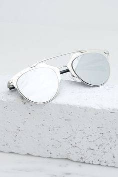 Skylar Reflective Sunglasses - Silver – Haute   Rebellious Reflective  Sunglasses, Mirrored Sunglasses, Ray 5cdab6526b