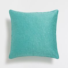 Image 1 of the product BLUE RAISED FLORAL DESIGN CUSHION COVER AND QUILT