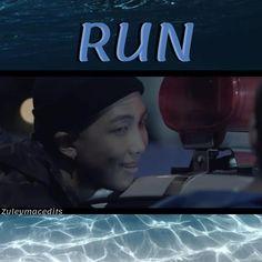Jimin Run, Run Bts, Disney Wallpaper, Bts Wallpaper, K Pop, Bts Stigma, Running Gif, Bts Mv, Foto Jimin