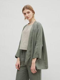Green or Black Large. Cardigan Casual, Kimono Cardigan, Kimono Jacket, Pantalon Large, Linen Jackets, Mode Hijab, Muslim Fashion, Linen Dresses, Minimal Fashion